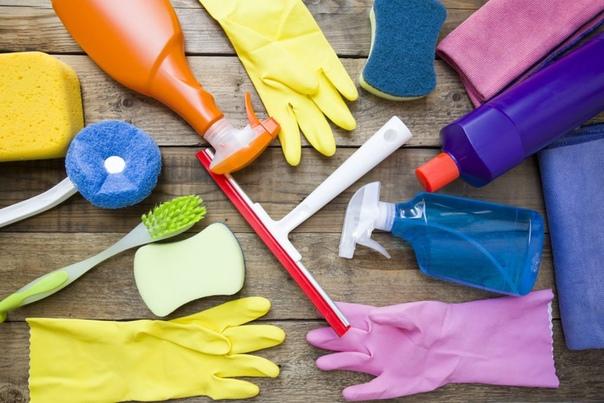 Как подручные средства помогают хозяйкам по дому