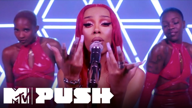 Doja Cat's EXCLUSIVE Performance of 'Say So' 'Juicy' MTV Push Artist