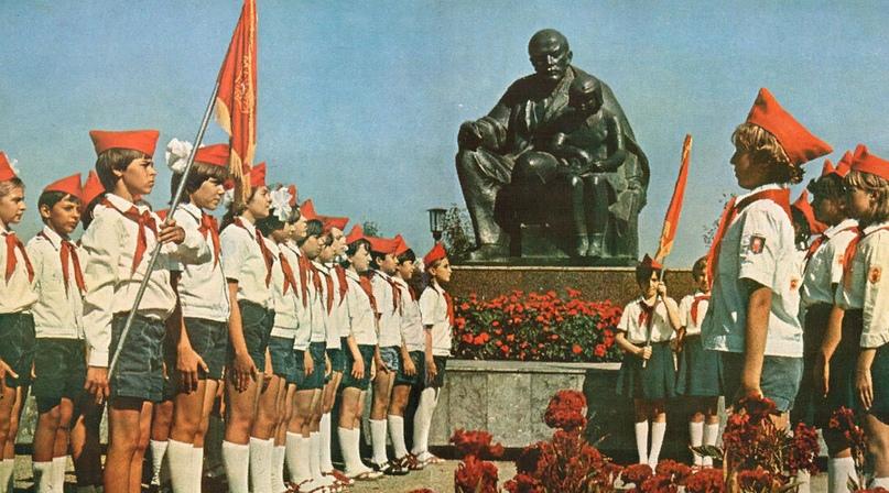 19 мая в России отмечается День пионерии., изображение №1
