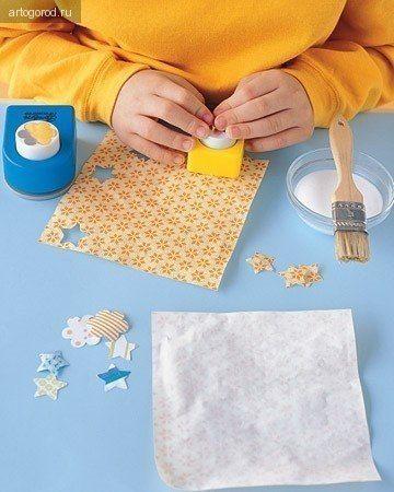 КНИЖКА-ГАРМОШКА ДЛЯ ДЕТЕЙ Основа для этой книжки делается очень просто: возьмите длинный лист бумаги, можно несколько листов, склеенных вместе, подверните снизу бумагу примерно на и сложите лист