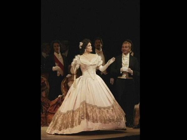 Sondra Radvanovsky - La Traviata - Sempre Libera