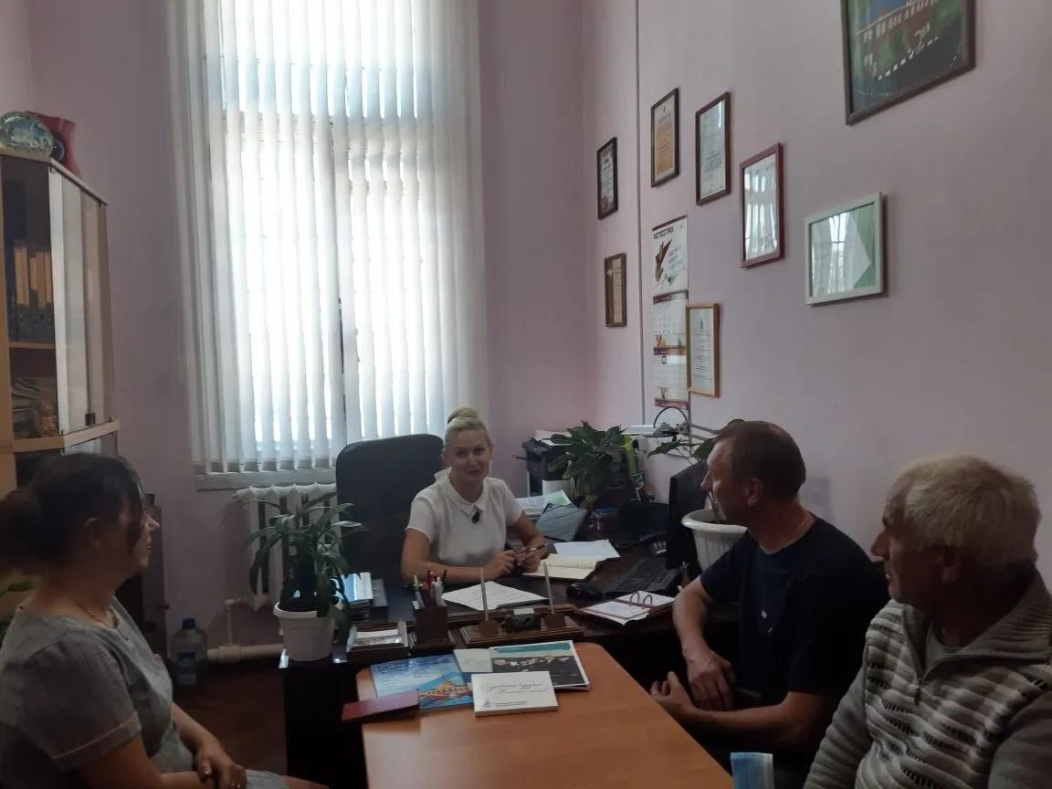 В администрации Петровского муниципального района обсудили начало ярмарочной торговли в районе села Новозахаркино