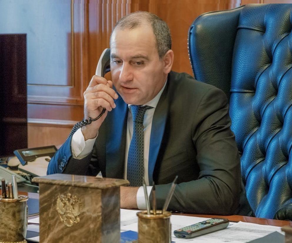 Темрезов рассказал полпреду президента о борьбе с коронавирусом в КЧР