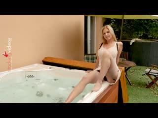 Carol Gold - Sophisticated Slip and Nylon lady