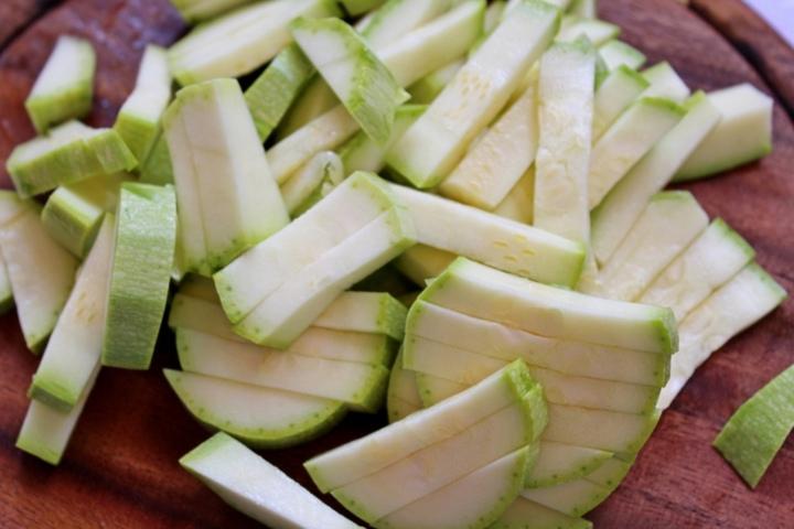 Фото: Фунчоза с креветками и овощами