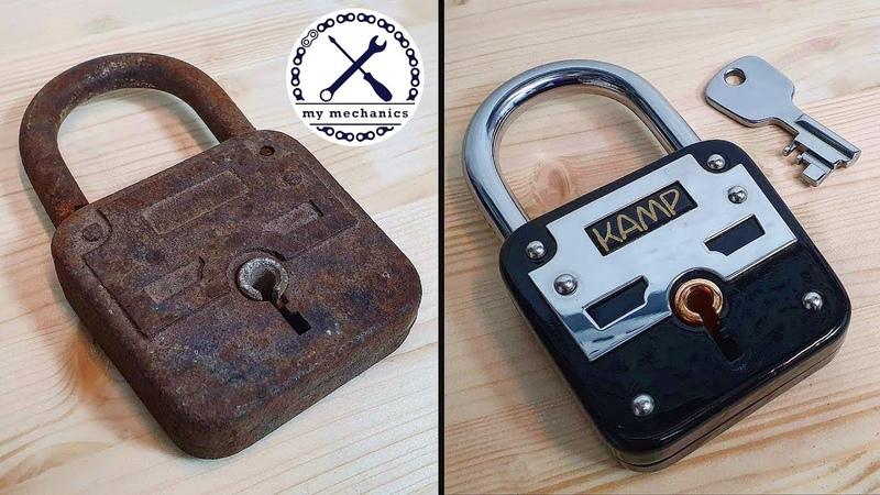 Broken Rusty Lock with Missing Key Restoration