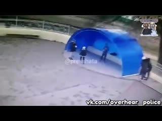 В станице Новопокровской шестеро вандалов разгромили новенький скейтпарк