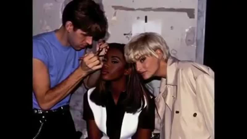 Naomi talks about makeup