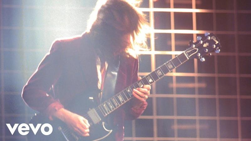 ACDC - Thunderstruck (Live at Donington, 81791)