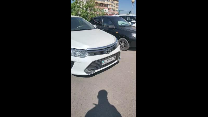 Коррозия на крыле Toyota Camry 55