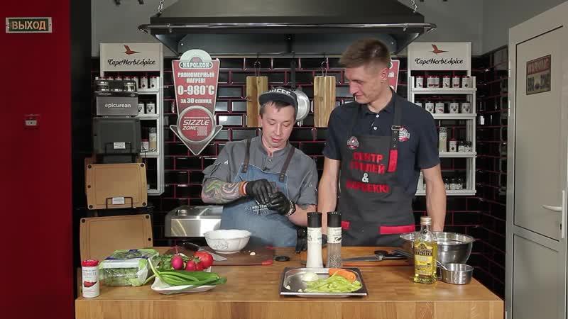 Шурпа с узбекскими лепешками и овощной салат