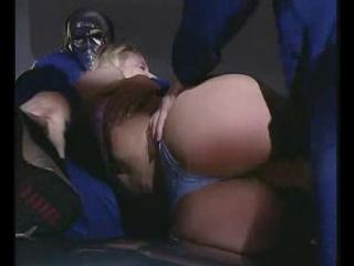 изнасилование в жопу малолетку насилуют в гараже два мужика жесткое порно