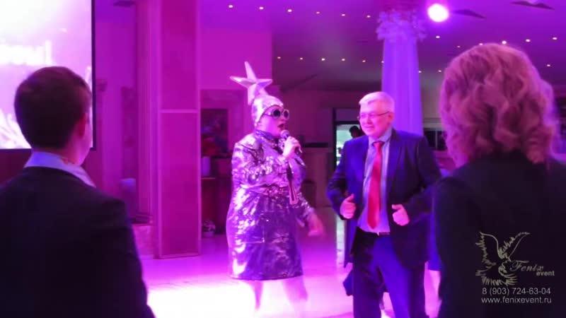 Лучший двойник Сердючки на юбилей и праздник в Москве - заказать двойника на свадьбу