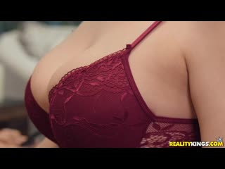 Ученик трахнул учительницу музыки на занятиях дома sex porn milf busty woman teacher home boy school music piano (Hot&Horny)