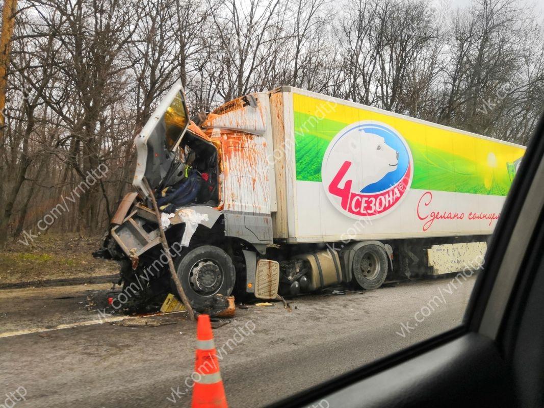 29 марта 2019 года 489 км  трасса М4 Дон Воронежская область ДТП