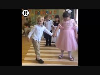 Девочка - огонь! Весь танец сделала!😂👍