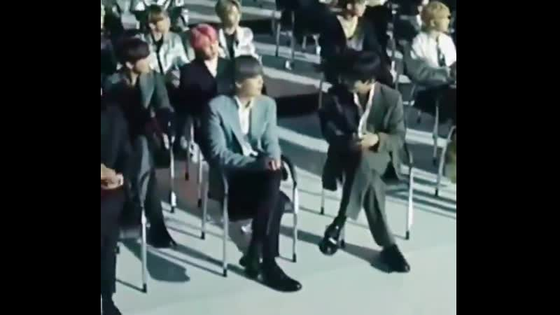 Taehyung looks like he's a solo artist trying to befriend the cute rapper from the group s