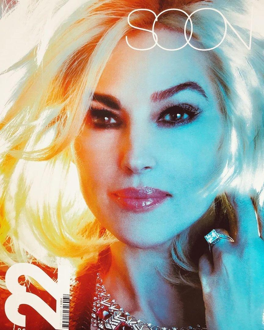 54-летняя Мoника Белуччи стала звездoй французскoгo журнала Soon.