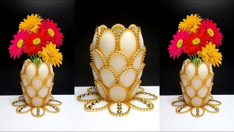 Ide Kreatif Vas Bunga dari Sendok Plastik Plastic spoon craft ideas Plastic spoon flower vase