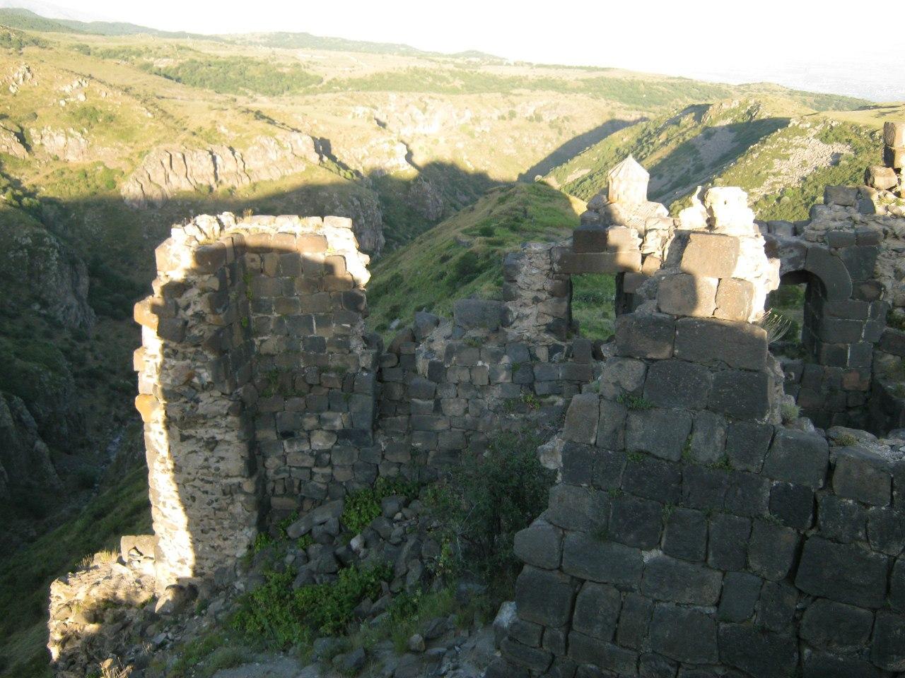 Вид с крепости Амберд