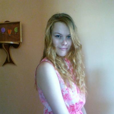 Natalya, 23, Uglekamensk