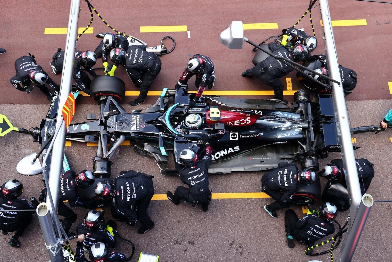 Mercedes F1 team, Valtteri Bottas pit stop