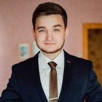 Максим Гребенников