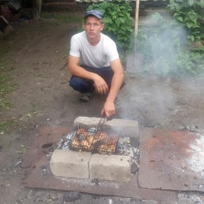 Константин, 25, Aksubayevo