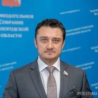 Денис Долженко