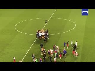 Неистовая радость ПСЖ после выхода в финал Лиги Чемпионов