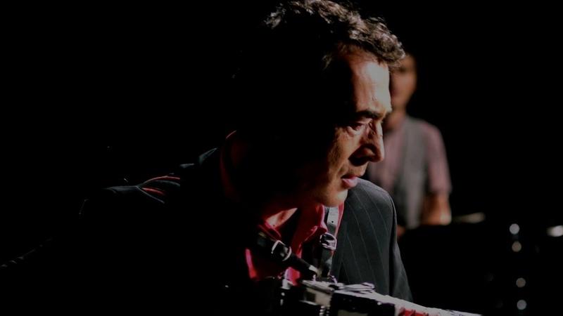 Hubert von Goisern Brenna tuats guat Offizielles Video