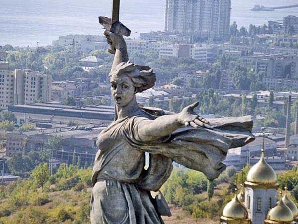 Русские идут поет Жанна Бичевская