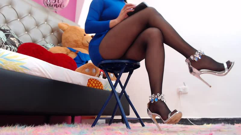 Very beautiful girl ass and legs in pantyhose on high heels listening to music Sexy Girls