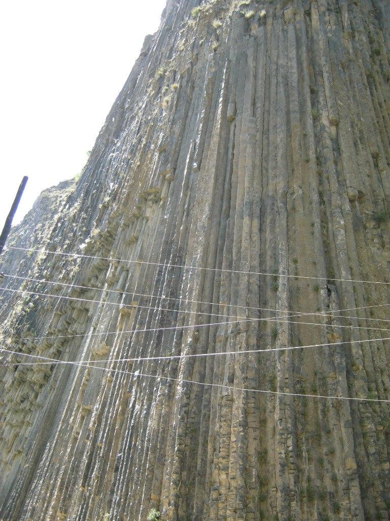 Базальтовые столбики под селом Гарни