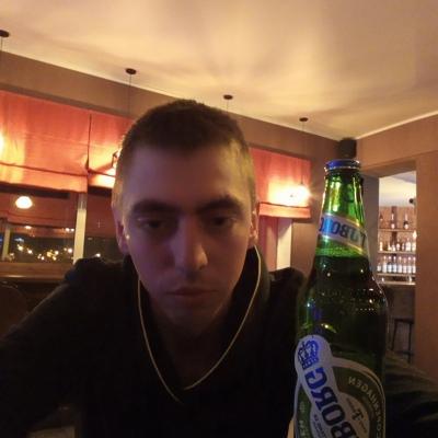 Вова, 22, Kamensk-Shakhtinskiy