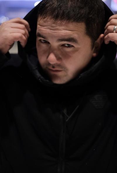 Ruslan, 31, Surgut