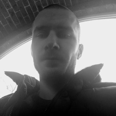 Илья, 24, Kingisepp