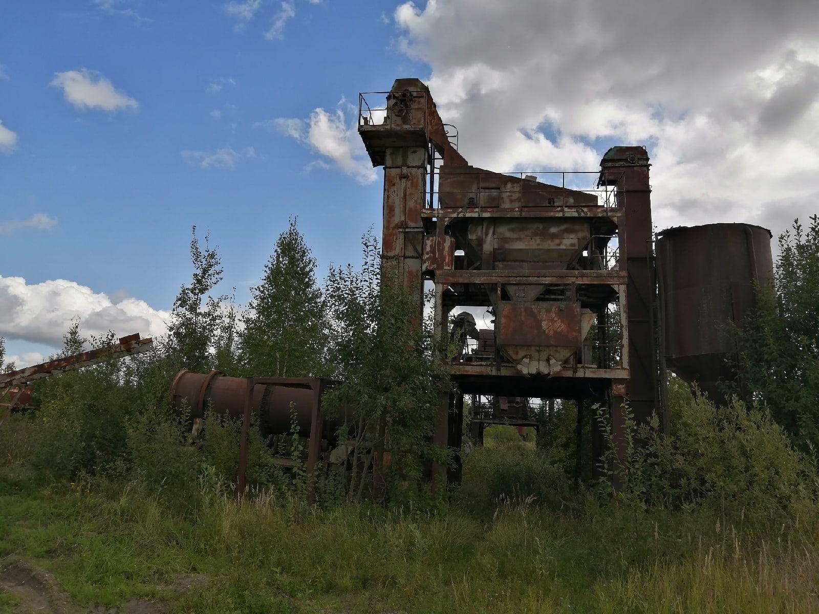 Останки комплексной зерносушилки, Смоленская область - Фото