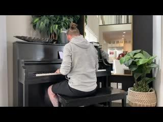Corey Taylor plays Audioslave-Getaway