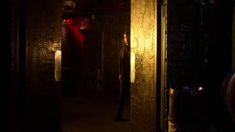 Команда Люцифера спасает Чарли сына Аменадиэля Сериал люцифер 4 сезон 10 серия Сериальный маньяк