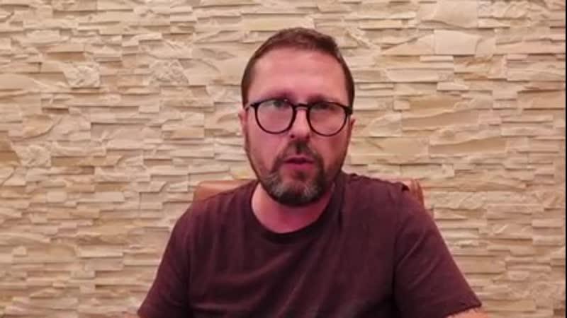 Анатолий Шарий на своем авторском Youtube-канале, рассказывая о Международном уголовном суде (МУС) и тех бесчинствах, которые пр