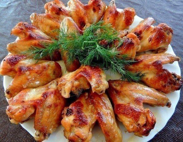 Идеальные куриные крылышки в медово-соевом соусе.Пальчики оближешь