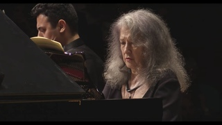Martha Argerich plays Schumann Piano Quintet at the IPO